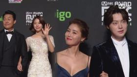 Red Carpet with Park Sung Woong(박성웅) & Seo Eun Su(서은수) & Ahn Jae Hyeon(안재현) & Kim Sung Ryoung(김성령)